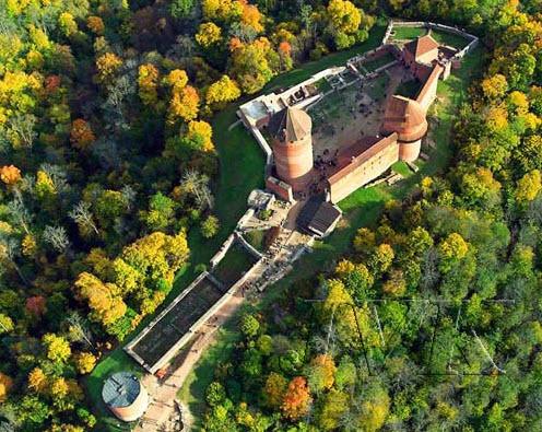 Castillo medieval de Turaida - Capitales Bálticas - Arawak Viajes